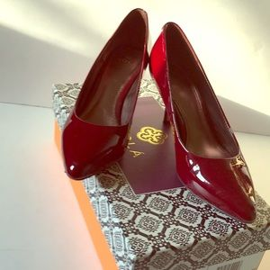 Isola patent leather heels